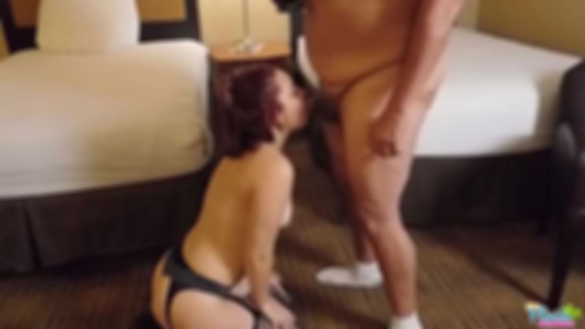 Kinky Amateur Teen Jessica Brown Gagging While Throat Fucked