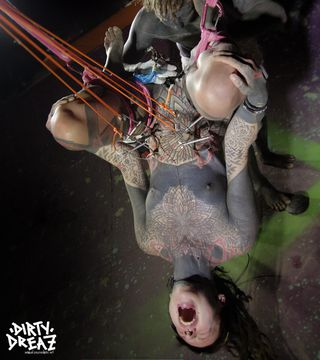 Shibari hook suspension tattoo cunt session with EM !