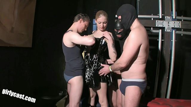 Three sex slaves for sexy Kitty