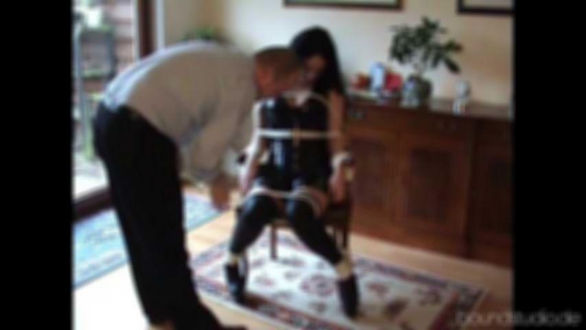 Akasha´s Chair-Bound