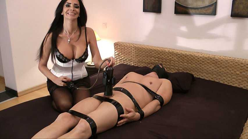 Mistress Zita - Pump it up