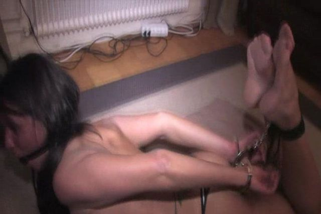 ELIN HANDCUFFED HOGTIED AND BALLGAGGED TOPLESS