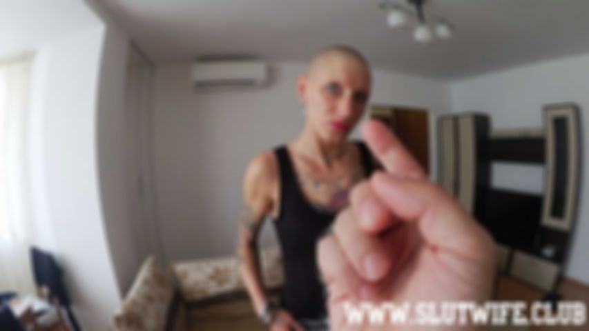 [Blow'n'fuck] Vilja gets her fuckface slapped, her throat fucked and finally boinked like a whore