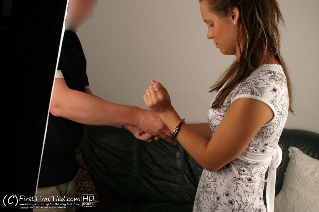 Filipa handcuffed for the very first time - 1