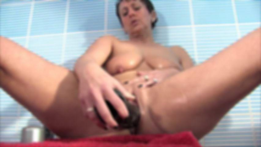 Masturbating Pleasure In The Shower
