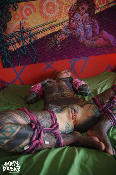 Electro bondage BDSM session with Anuskatzz and Little Swastika/ Lily Lu