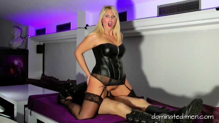 Chastity with Slave sold for 5 Euro. Part4