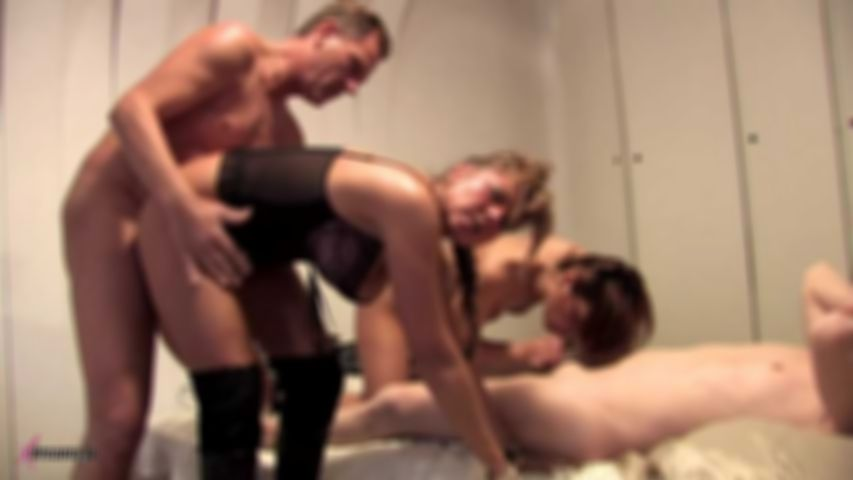 Amateur Switching Partners Couple Party - Part2