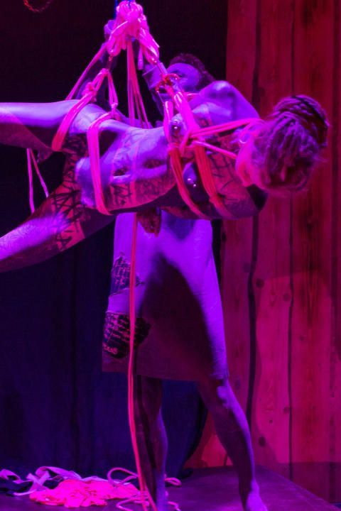 Shibari live performance
